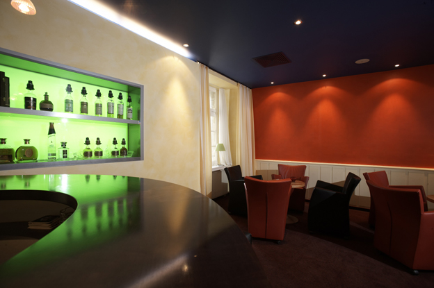 Architektur und raumgestaltung ag urs viktor hotel for Raumgestaltung restaurant