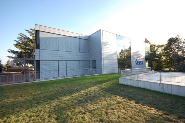 Neubau behinderten werkstatt und lager grenchen for Raumgestaltung architektur